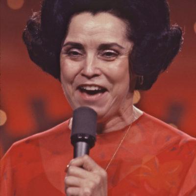 Maude Aimee sings the Gospel